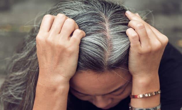حل لجميع مشاكل الشعر الابيض طبيعيا والحصول على مظهر الشباب